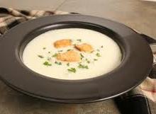 Šalta daržovių sriuba su PASTIS likeriu