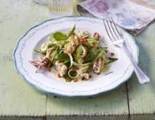 Genujos kalmarų salotos