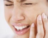 Protiniai dantys: kodėl skauda