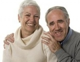 Kokias teises turi pagyvenę žmonės?