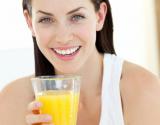 Vitaminas C: gyvybiškai svarbus odos atsinaujinimui