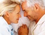 Kalcis ir vitaminas D gali sustiprinti menopauzę išgyvenančių moterų kaulus