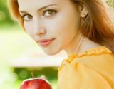 Riebios veido odos priežiūra