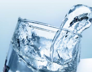 Vanduo - alergenų ir toksinų priešas