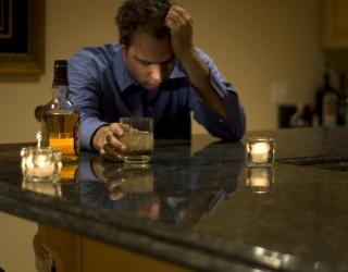 Vaistų nuo alkoholizmo nėra, tačiau būdas jo atsikratyti – veikia beveik šimtu procentų