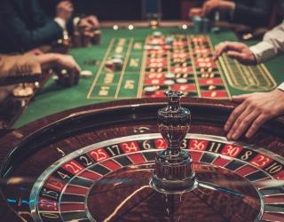 Kaip sugrįžti į gyvenimą be azartinių lošimų prieskonio ir skaudžių pasekmių?