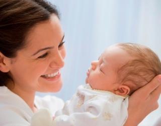 Kaip greičiau atsigauti po gimdymo?