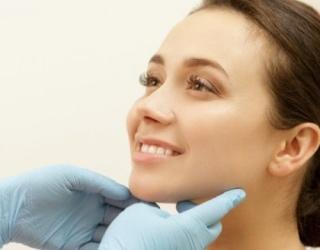 Raktas į sveiką odą be spuogų – žinojimas ir supratimas, kas yra aknė